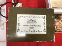 Anri  treasure chest music box