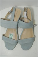 Ladies Attention Sandals Size 8