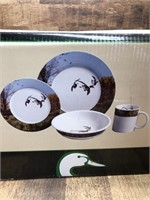 Ducks Unlimited dinnerware 4 place settings