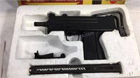 Air soft gun gas powered with BB's and other
