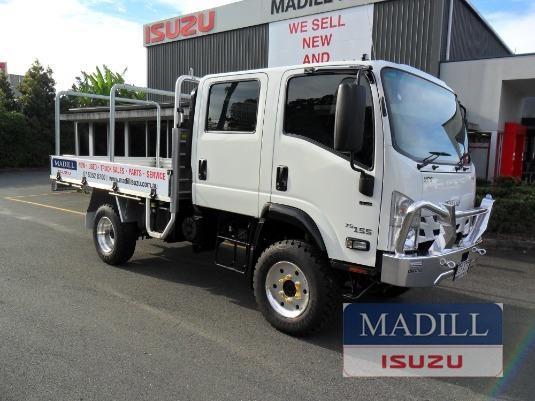 2019 Isuzu NPS 45 155 4x4 CREW - Trucks for Sale