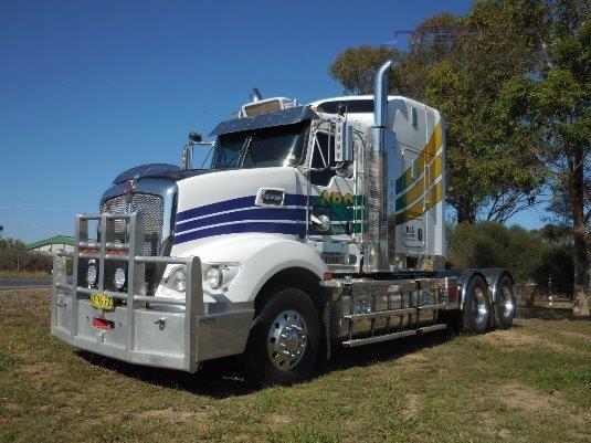 2012 Kenworth T609 - Trucks for Sale