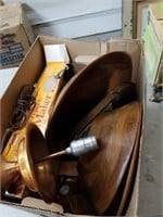 Box of wooden ware