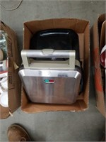 Box of electric grills