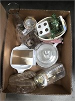 Box of Pyrex/misc