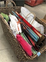Basket filled with tissue/gift bags
