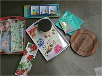 Plates and food trays