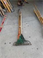 Bundle of rakes