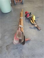 Bundle of digging tools