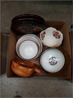 Box of bowls