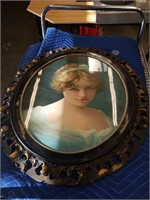 Oval frame picture of a girl