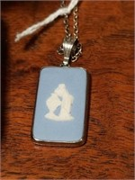Silver Wedgwood pendant with chain