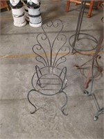 Metal plant stand chair