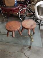Bundle of milk stools