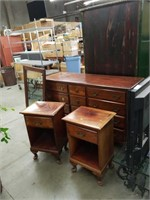 4 piece mahogany bedroom set Made by Hungerford