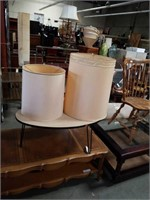 Lot of 2 lampshades
