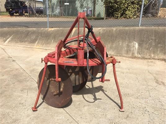 Hodge Industries 4 Furrow - Farm Machinery for Sale