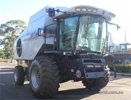 2009 Gleaner R65 Black Truck Sales - Farm Machinery for Sale