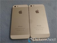 Lot of 2 Apple iPhone 5s' models A1453 and A1533.