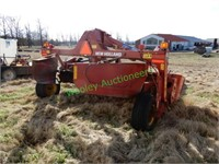 New Holland 313 Discbine Hay Mower | Wooley Auctioneers