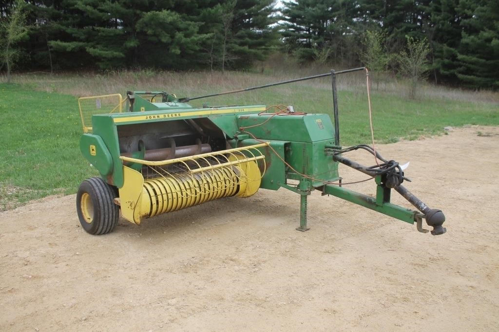 JOHN DEERE 336 SQUARE BALER WITH KICKER | SPENCER SALES