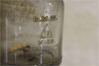 OIL BOTTLE MARQUETTE MFG CO. 1 QUART W/ SPOUT