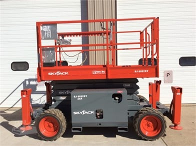 Scissor Lifts | New Tec, Inc