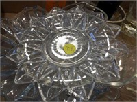Glass plates & assorted glass