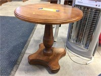 Round plant stand 18 inch diameter x 18 inches