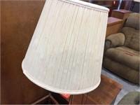 Magazine lamp table 20x16