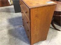 4 drawer dresser 28x16x35