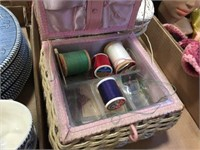 Sewing box & assorted baskets