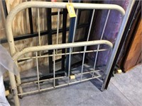 Metal bed frame & assorted box springs &