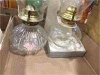 Kerosene lamps with chimneys