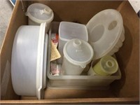 Tupperware containers & assorted