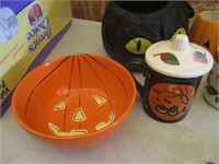 Halloween Mugs and Bowls, Magazine Files,