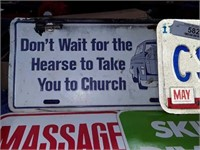 Gag Signs And License Plates
