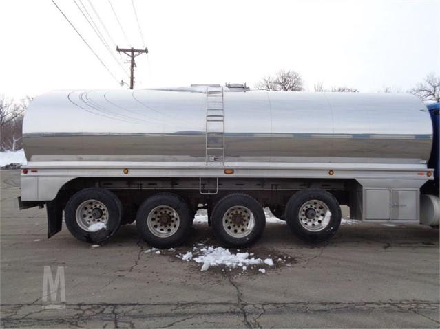 2002 WALKER 6000 GAL For Sale In FAIRBANK, Iowa