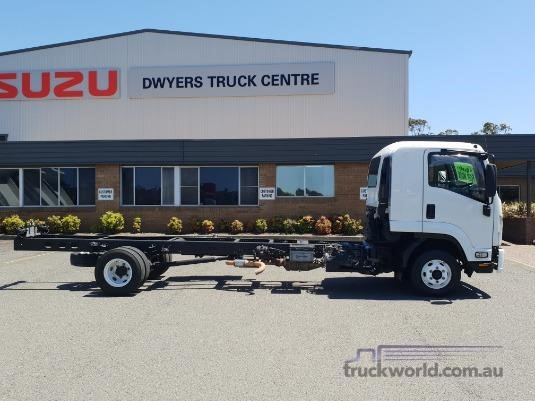 2014 Isuzu FRR 600 Long Trucks for Sale