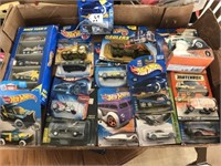 Hot Wheels old in package (15) total