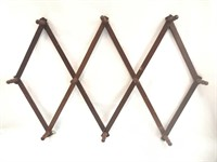 Vintage Wooden Pegs Coffee Cup Holder Expandable
