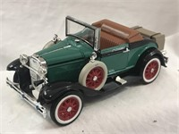 NEW 1929 Ford Model A Cabriolet 1:32 Diecast