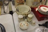 Lot of Halls Superior Jewel T Bowls,Salt/Pepper,et