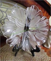 Frosted Flower Glass Plate