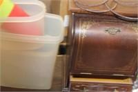 Jewelry Box,Plasticware,etc