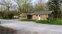 Real Estate Lake House Online Auction