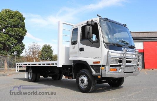 2005 Isuzu FRR 550 - Trucks for Sale