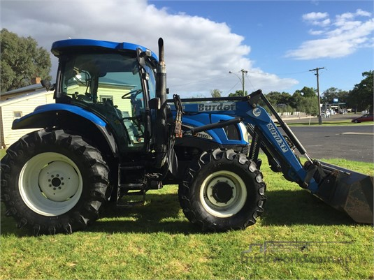 2005 New Holland TS100A Farm Machinery for Sale