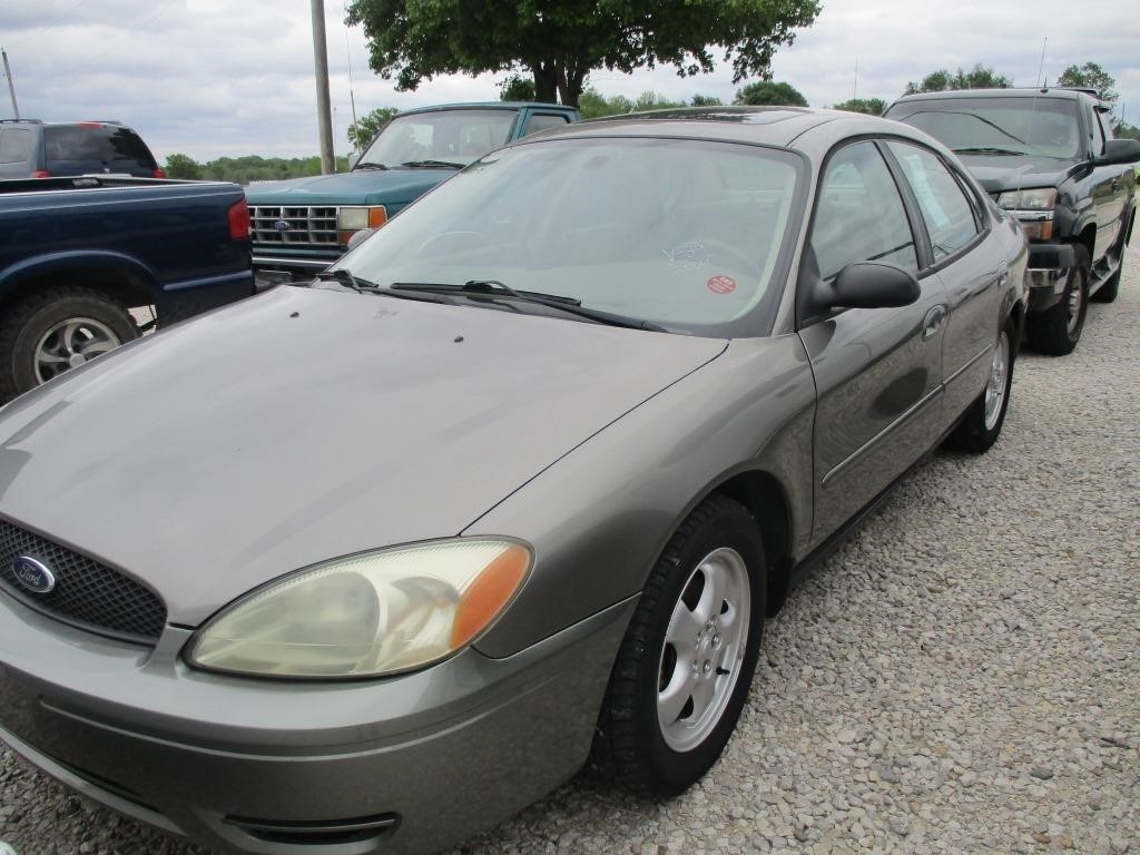 2004 ford taurus ses graber auctions 2004 ford taurus ses graber auctions