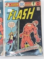 DC Flash W/ Green Lantern Comic Books #255 & 240